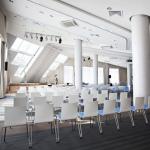 конференц зал - дневной свет